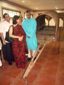 Rajdeep couple with cart
