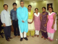 Rajdeep Sardesai with the Mass Communication Students - (from left to right): Yours Truly, Harsha Raj Gatty, Rajdeep, Seema Serrao, Janice, Wilma Serrao, and Krithika (Missing in the photograph is Anzil, behind the camera)
