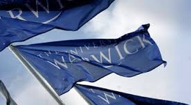images - warwick flag