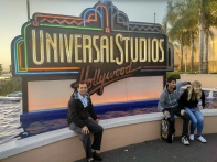 Universal RR CU sitting